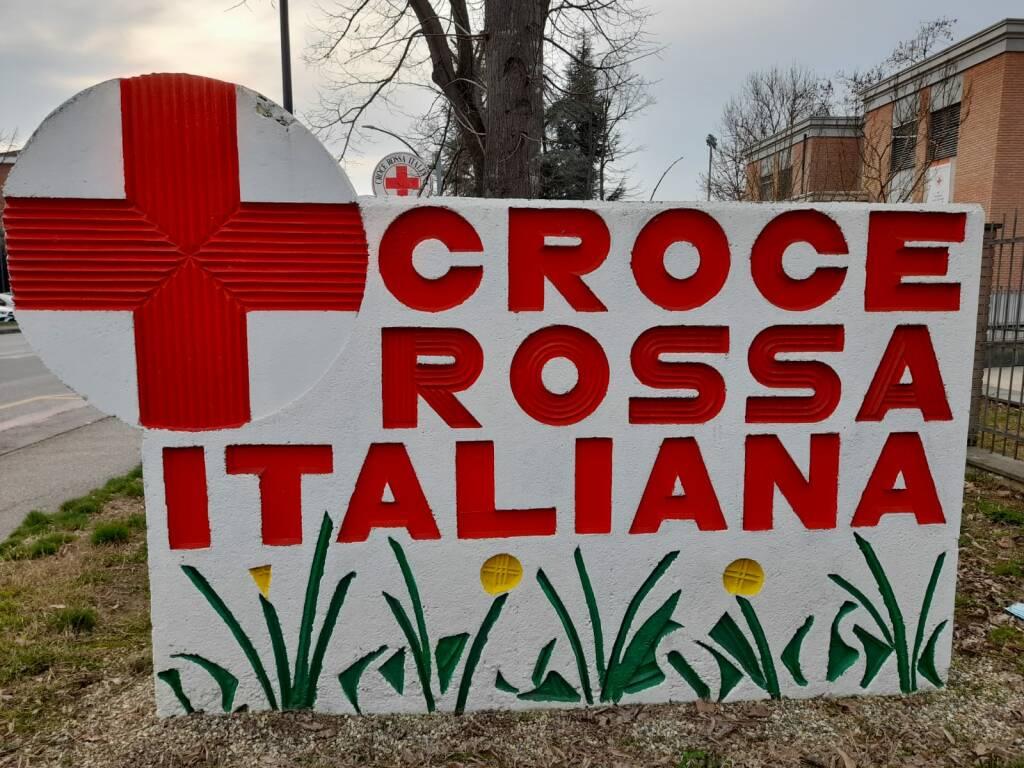 donazione figurine croce rossa