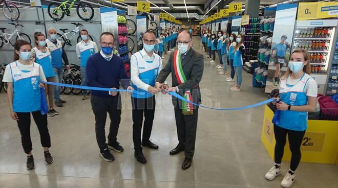 Inaugurazione Decathlon Asti