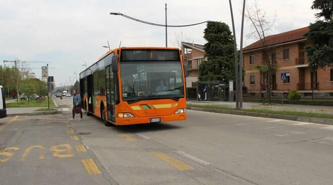 Alba: da lunedì 3 maggio cambia il percorso della linea bus 3 Ricca - San Cassiano