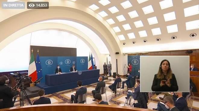conferenza stampa draghi speranza 16042021