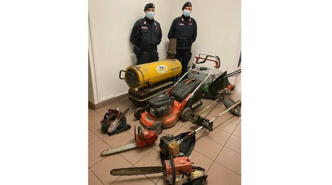 furti mezzi agricoli costigliole isola carabinieri canelli