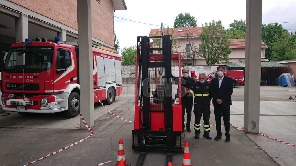 Inaugurazione carrello elevatore Vigili del fuoco donazione Fondazione Cr Asti