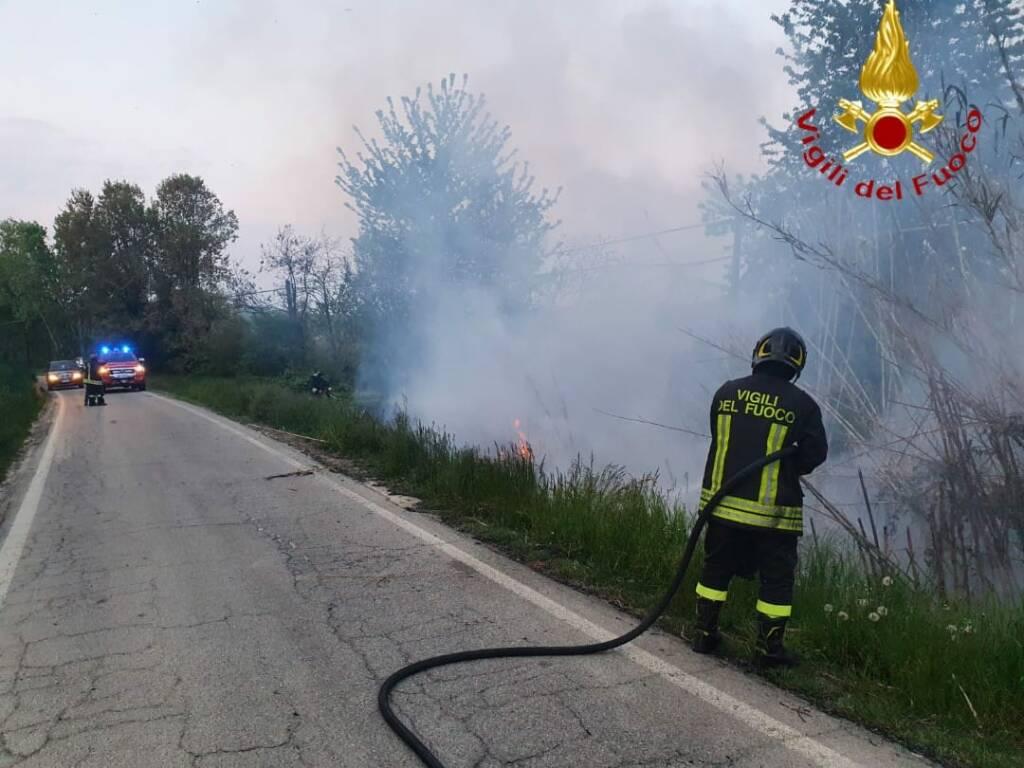 incendio canneto montemagno