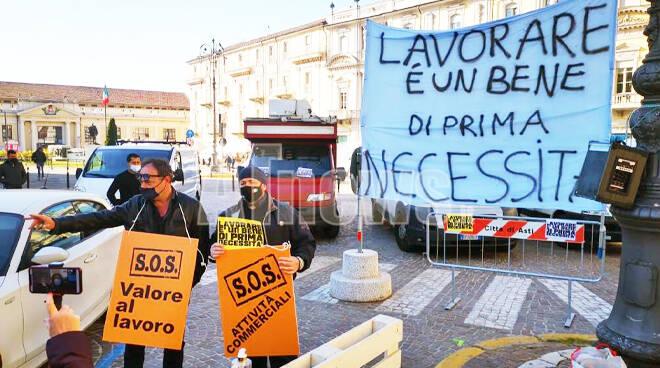 protesta commercianti asti