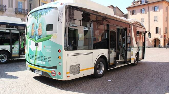 autobus elettrico alba