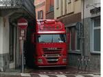 camion incastrato canelli