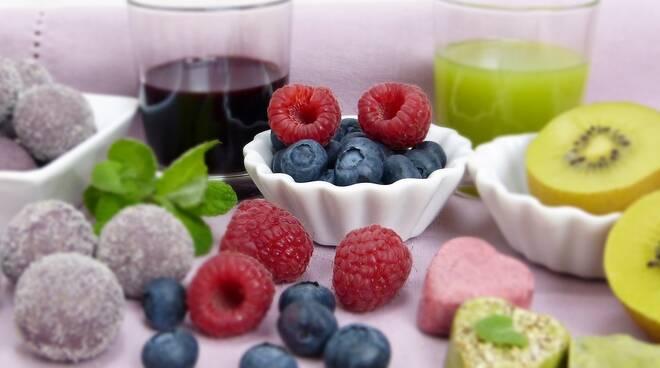 frutta dieta Foto di silviarita da Pixabay
