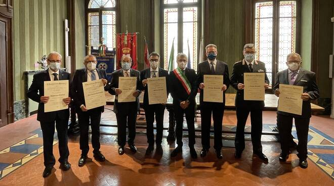 onorificenza repubblica alba 2021