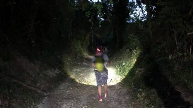 camminata notturna mombello