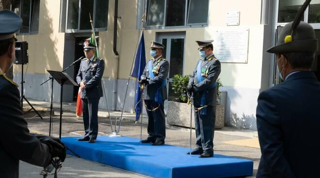 cerimonia nuovo comandante guardia di finanza asti
