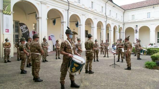 """Fanfara della Brigata Alpina """"Taurinense"""" ad Asti"""