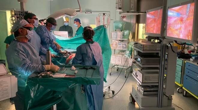 Colonna laparoscopica 3d/4k in urologia  ospedale Asti
