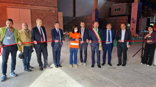Inaugurazione nuovo impianto trattamento imballaggi in plastica di Gaia